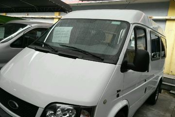 福特 全顺经典 2013款 2.8T 手动 普通型短轴中顶6座JX493ZLQ4 柴油