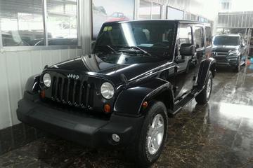 Jeep 牧马人 2015款 2.8T 自动 Sahara四门 柴油