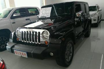 Jeep 牧马人 2013款 3.6 自动 摩崖四驱特别版四门