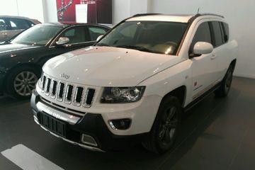 Jeep 指南者 2014款 2.4 自动 豪华导航版四驱 改款