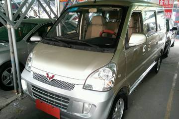五菱 荣光 2008款 1.2 手动 豪华Ⅰ型8座