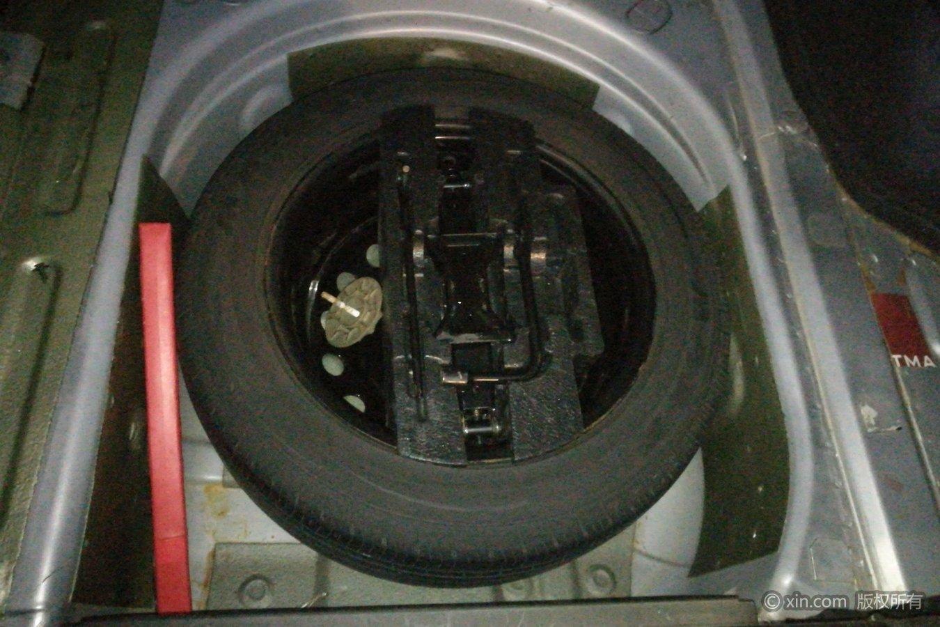 荣威750备胎及v工具工具长城M4刹车灯多钱图片