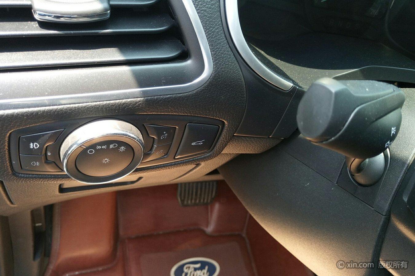 福特 锐界 2016款 2.0t 自动 ecoboost245豪锐型7座前驱
