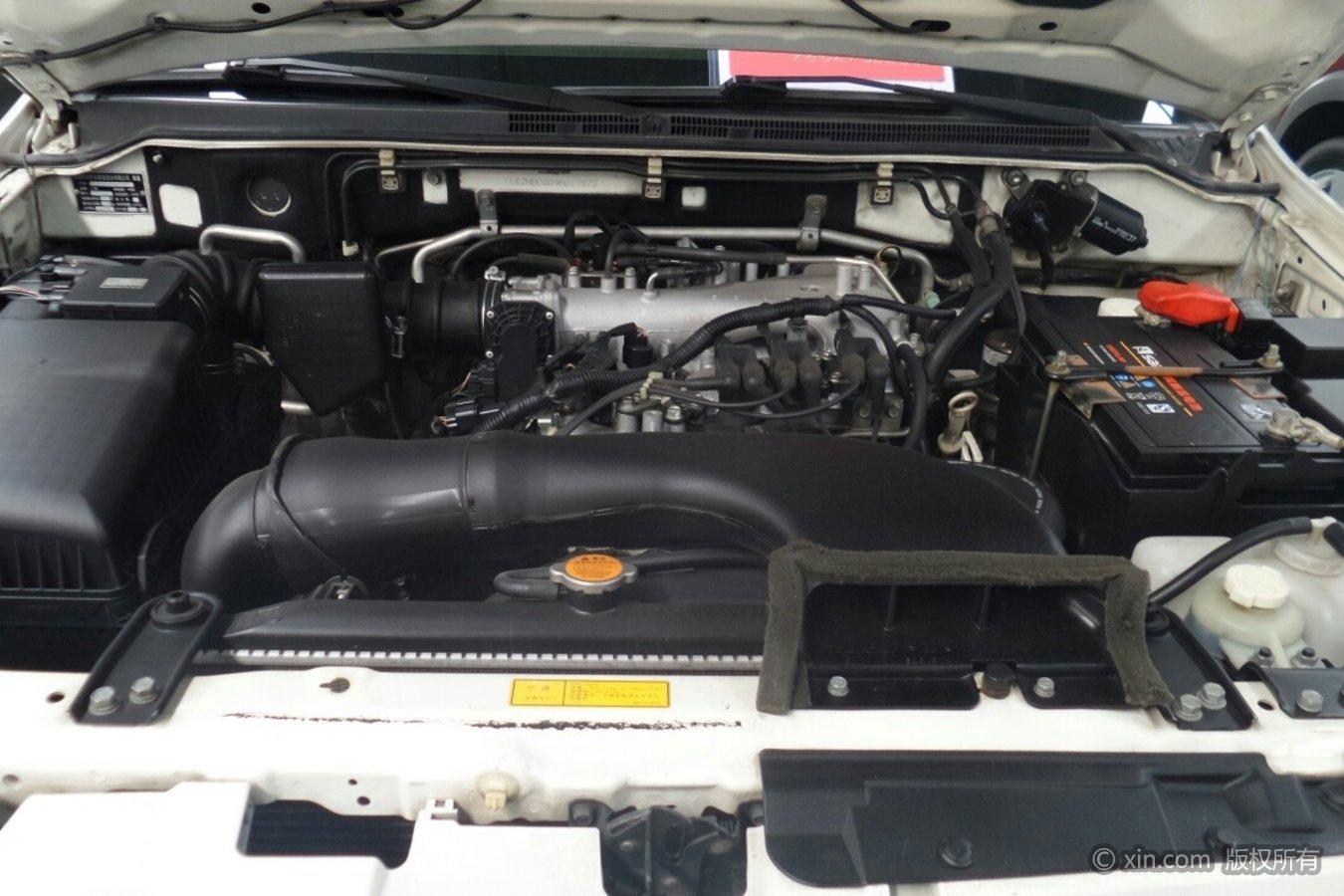三菱帕杰罗发动机