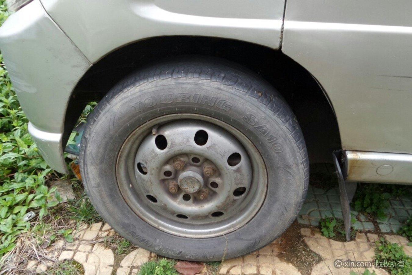 五菱汽车五菱之光轮毂