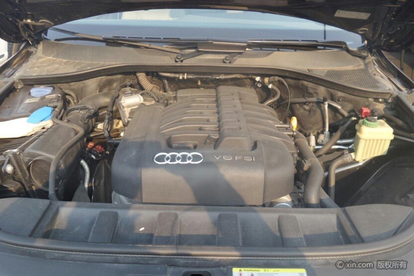 奥迪Q7(进口)发动机