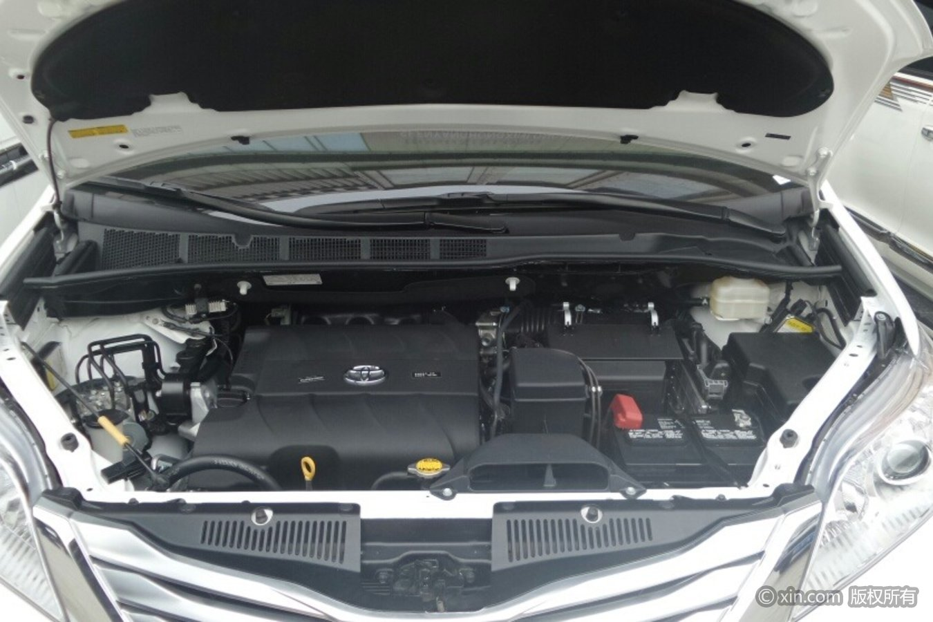 丰田赛纳发动机