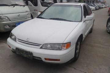 本田 雅阁三厢 1994款 2.2 自动 LX